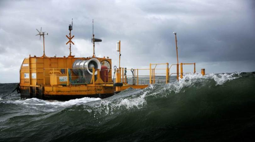 Crestchic buoy